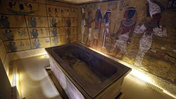 Confirmado: hay salas ocultas en la tumba de Tutankamón Interior-Tutankamon-Luxor-Egipto-EFEStr_CLAIMA20160317_0181_28
