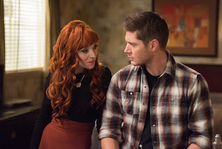 "Ruth Connell as Rowena and Jensen Ackles as Dean Winchester in Supernatural 12x11 ""Regarding Dean"""
