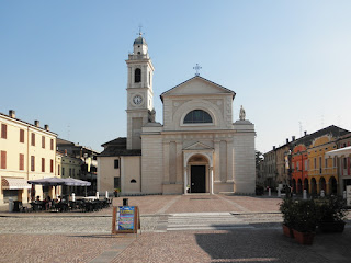 Piazza Matteotti and the church of Santa Maria Nascente