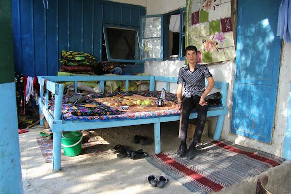 Tadjikistan, Khodjent, Ghoziyon, tapshan, tapchane, © L. Gigout, 2012