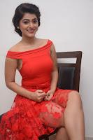 HeyAndhra Yamini Bhaskar Hot Photos HeyAndhra.com