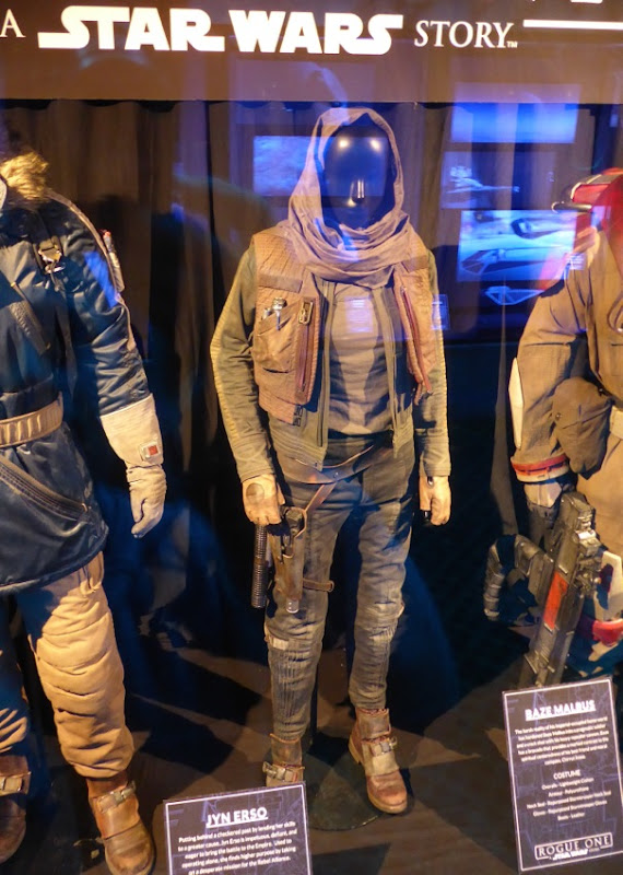 Felicity Jones Rogue One Jyn Erso film costume