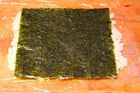 Le Chameau Bleu - Tapis de riz avec une feuille d'algue nori