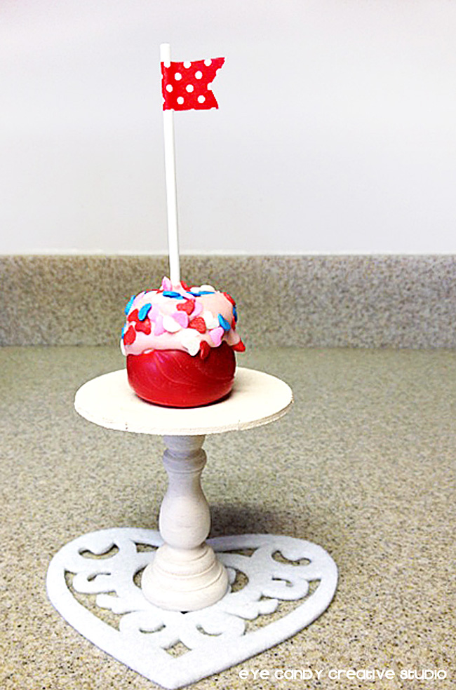 marshmallow pop, mini cake stand, heart doilie, valentines day treat