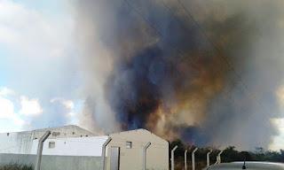 Incêndio em vegetação na área da Uesb