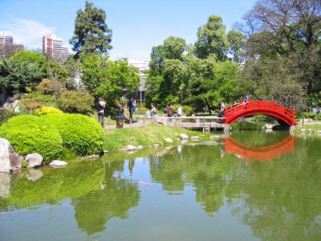 Jardim Japonês nos Bosques Palermo em Buenos Aires
