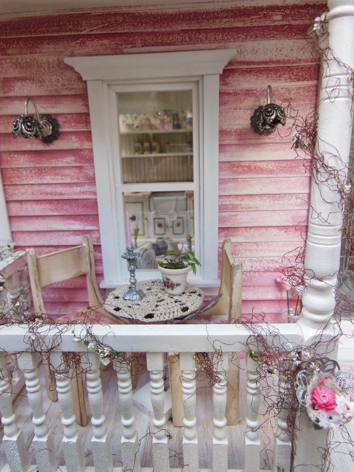 My Mini Hobby Day 92 Shabby Chic Cottage outside photoshoot