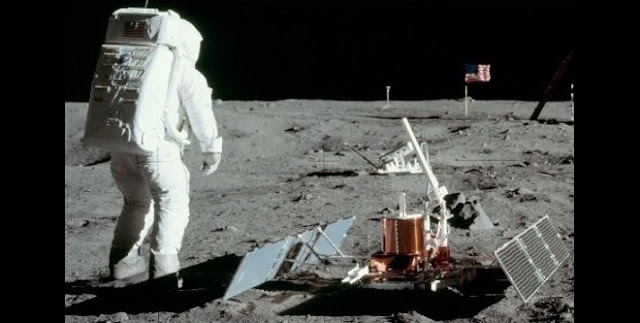 Two instruments placed on the Moon in July 1969 by Apollo 11 astronauts: a seismometer (foreground) and a laser ranging retroreflector designed by a UMD-led team (background). Credit: NASA