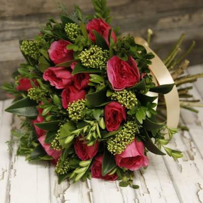 https://centre-flower.ru/buket-roz/19-roz-sorta-baronessa.html