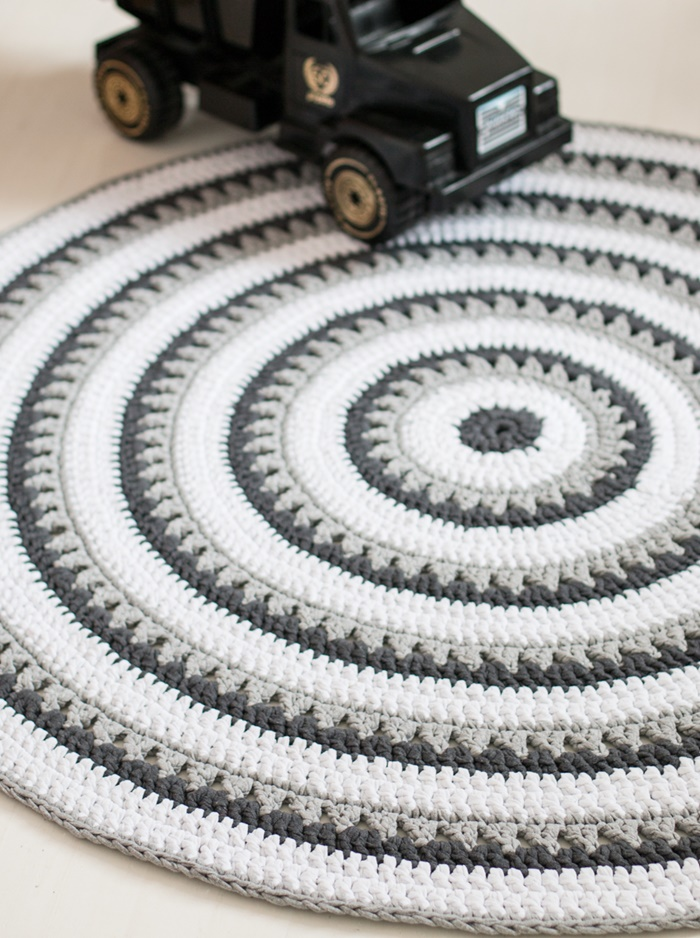 pyöreä matto halkaisija 200