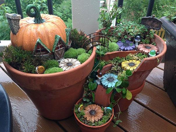 broken-pot-fairy-garden-10