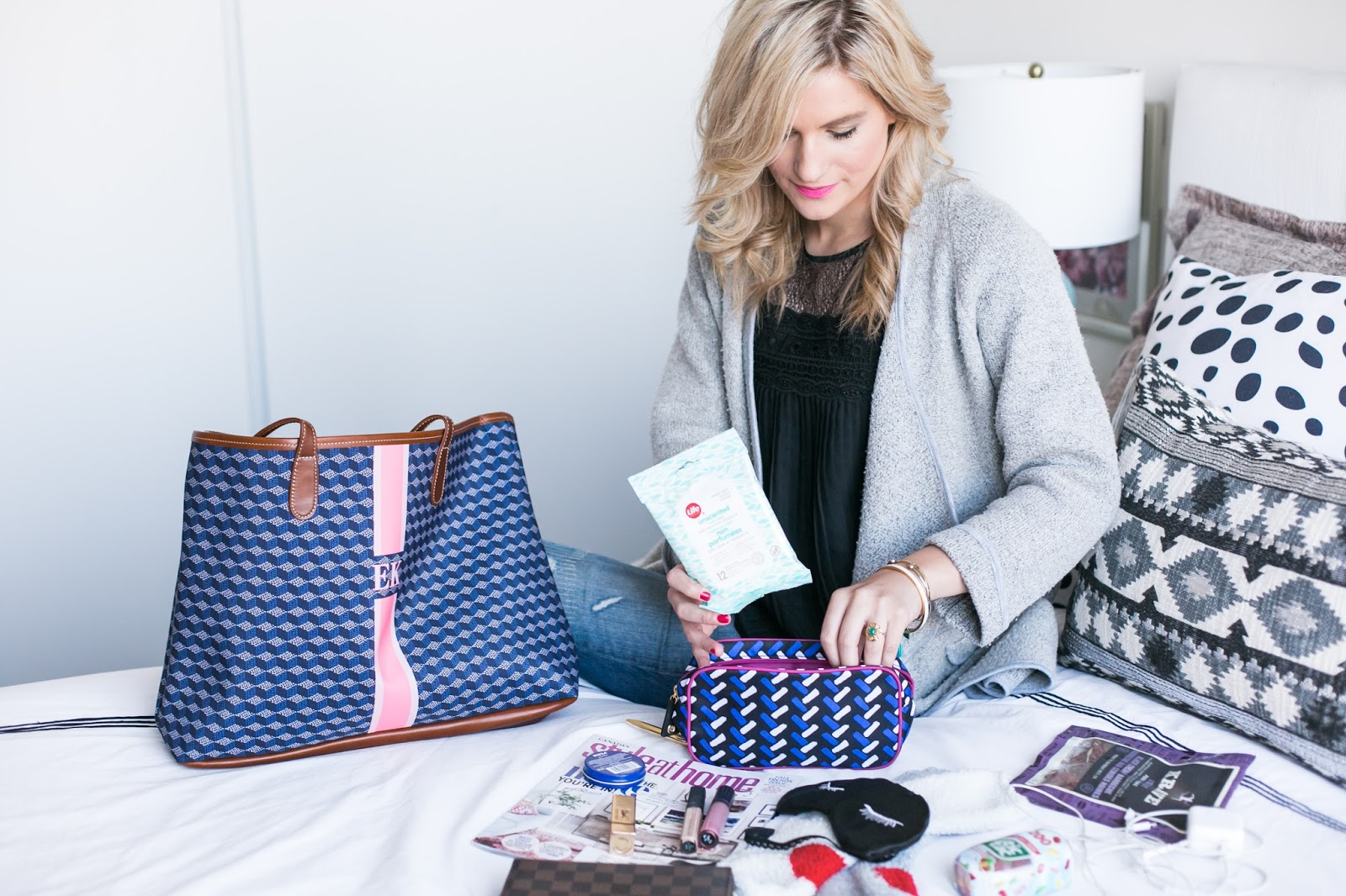 Bijuleni | What's In My St. Anne Monogram Travel Tote - In flight Essentials