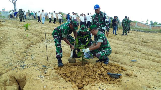 Peringatan Hari Juang Kartika, Kodim 0416/Bute Gelar Tanam Pohon Di Taman Tempoenek Bungo
