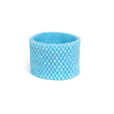 Купить широкое женское кольцо Бижутерия ручной работы из бисера. Интернет-магазин.Голубое кольцо на палец