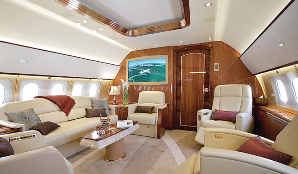 le voyage en avion le plus cher du monde co te 13 millions d euros et passe par siem reap. Black Bedroom Furniture Sets. Home Design Ideas