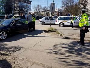 Acțiune a politistilor pentru descongestionarea circulației în zona Spitalului Județean