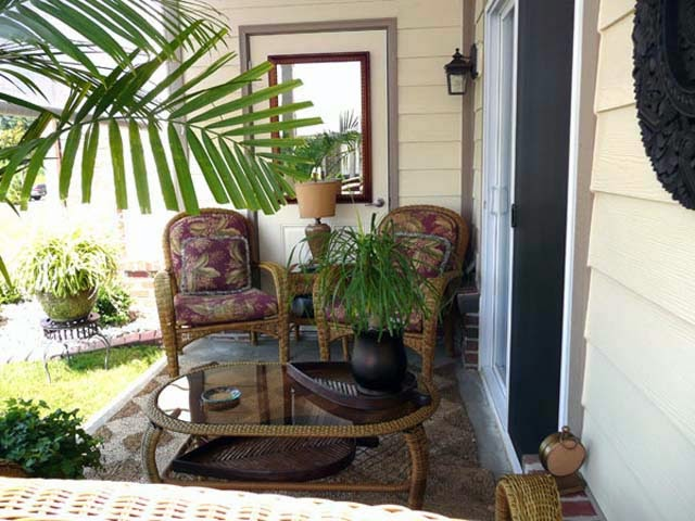 Small Apartment Patio Decorating Ideas picture