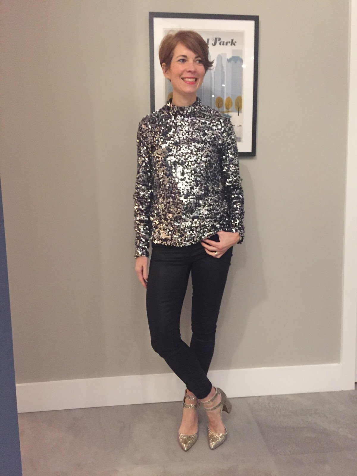 It's the sequinned top post!