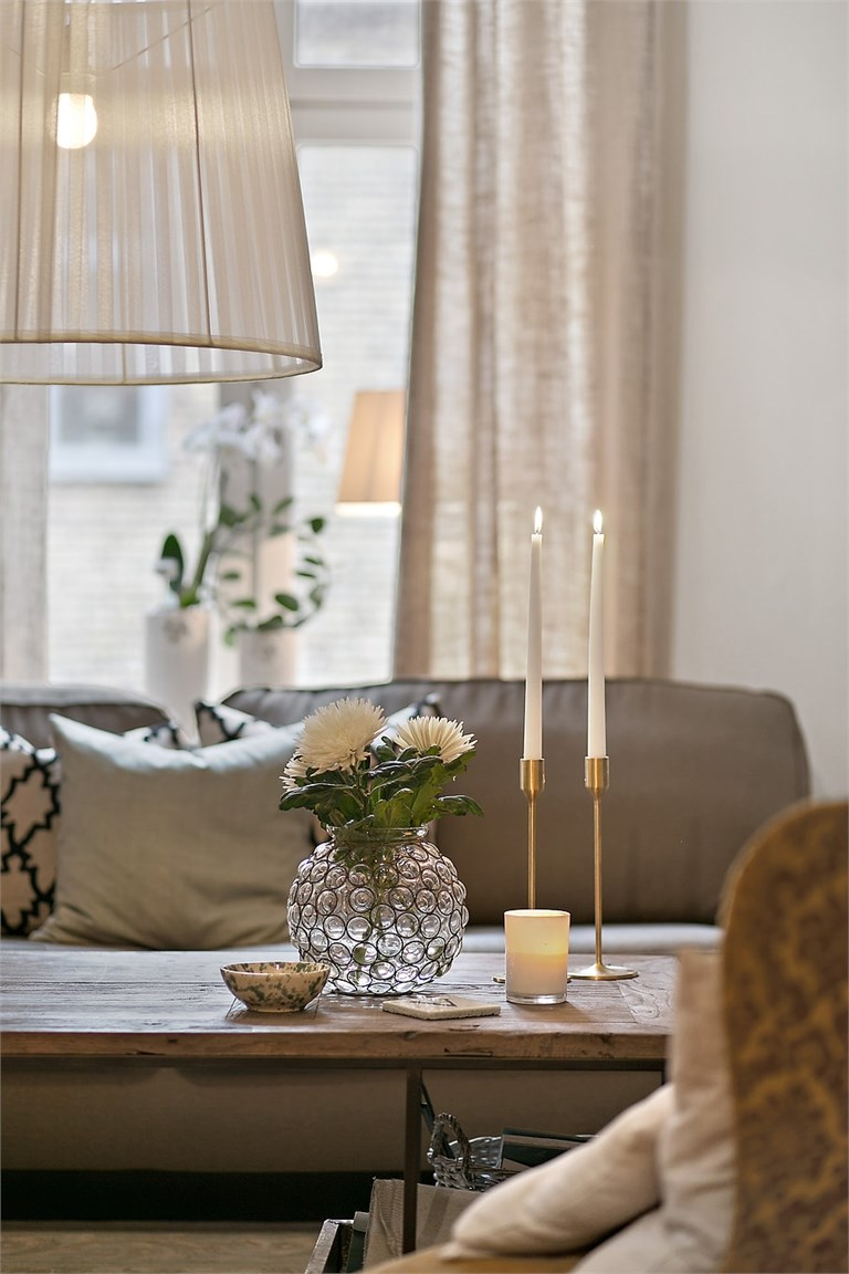 lovely deco un petit appartement avec alcove. Black Bedroom Furniture Sets. Home Design Ideas