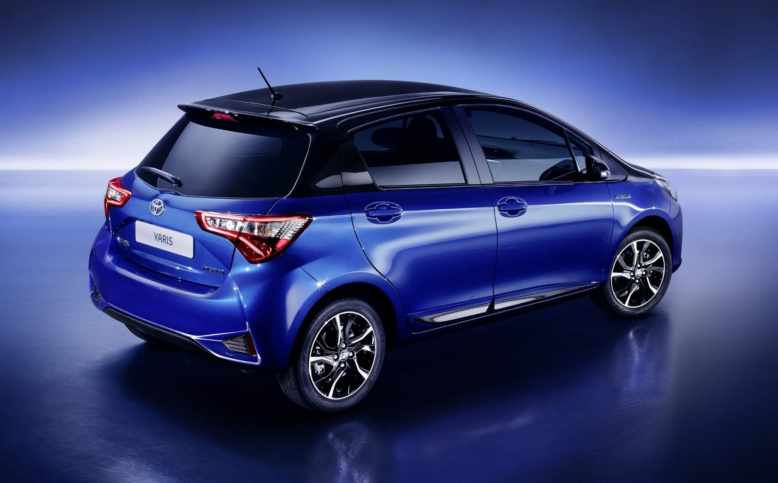 toyota yaris 2017 recebe facelift e novo motor fotos car blog br. Black Bedroom Furniture Sets. Home Design Ideas