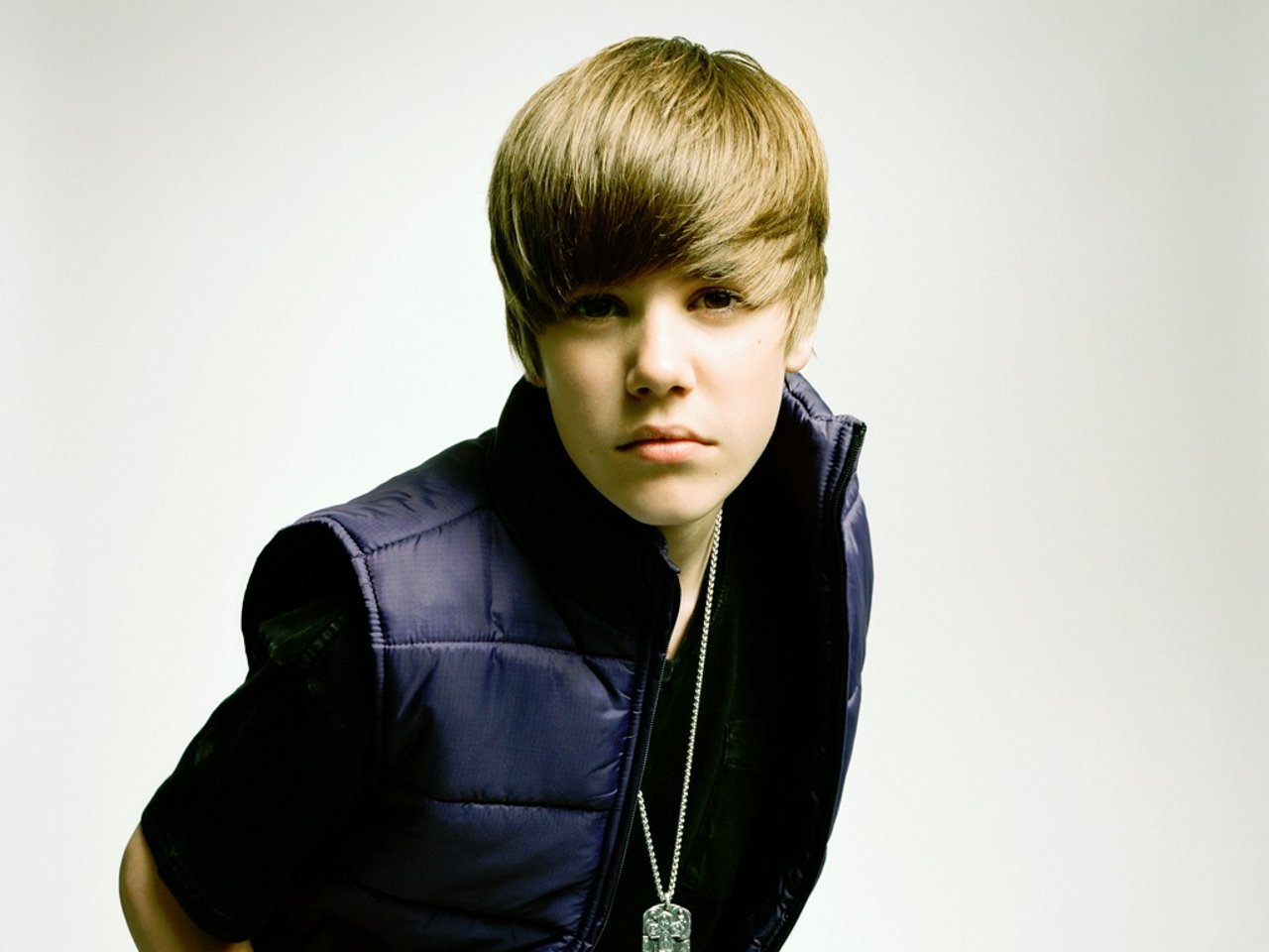 Justin Biber Photo Dwnld: Justin Bieber New HD Wallpapers 2012-2013