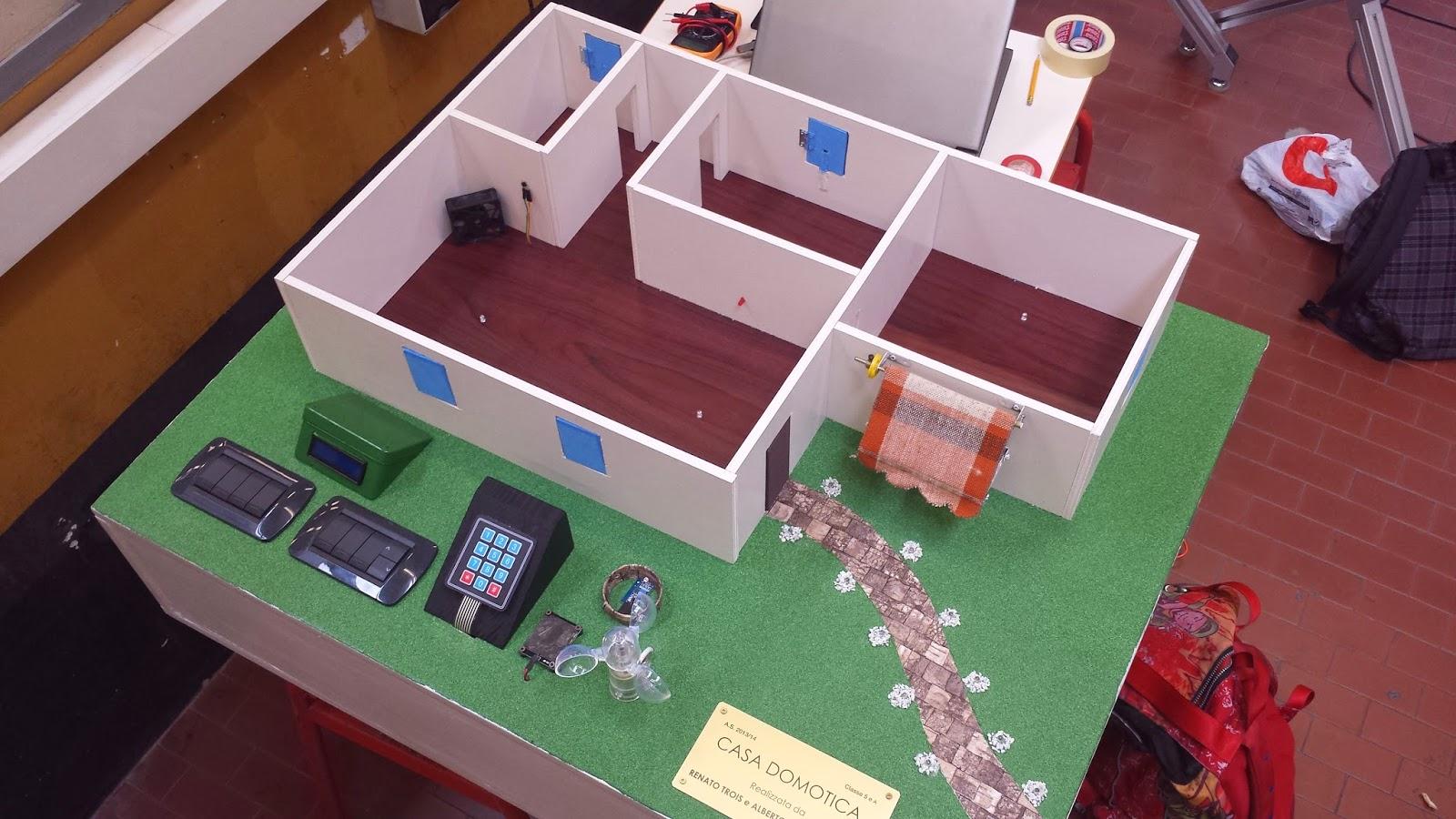Arduino projects domotica modellino casa for Progetti per la casa