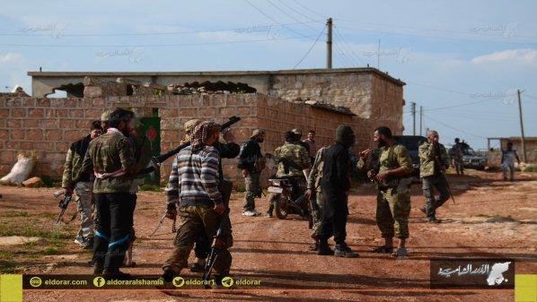 Pejuang Suriah Usir dan Rebut Desa yang di Kuasai ISIS di Alepo Utara