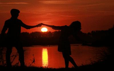 Puisi Cinta Yang Romantis Untuk Kekasih Tersayang Yang Memahligaikan Namaku