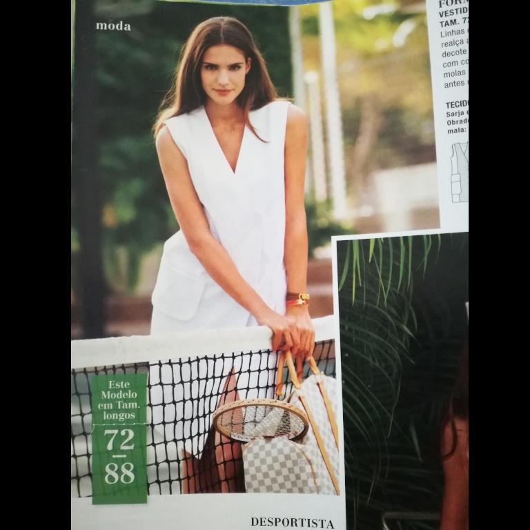 5a1dded742 Procurei na minha coleção de revistas Burda e encontrei este molde de  vestido para modelos altas na revista BurdaStyle 05 2012