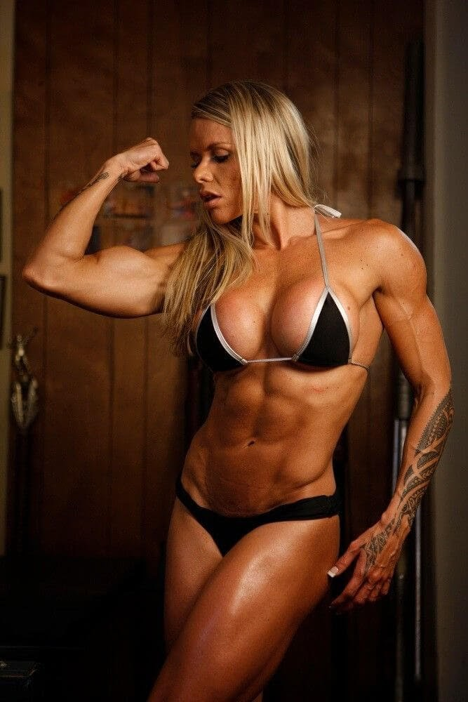 hot-young-muscle-girl-dances