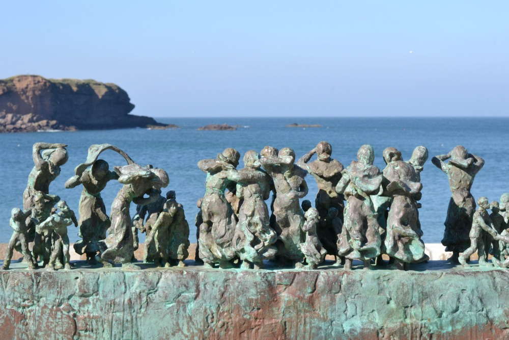 eyemouth statues black friday fishing skyline seaside scotland