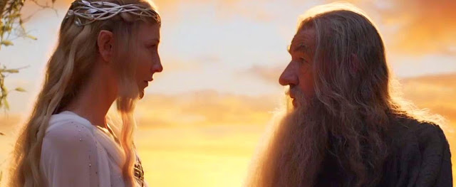 Galadriel e Gandalf Filme O Hobbit em Uma Cena ao Por do Sol em Valfenda