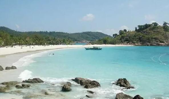 Riau Jadi Destinasi Wisata Baru di Indonesia