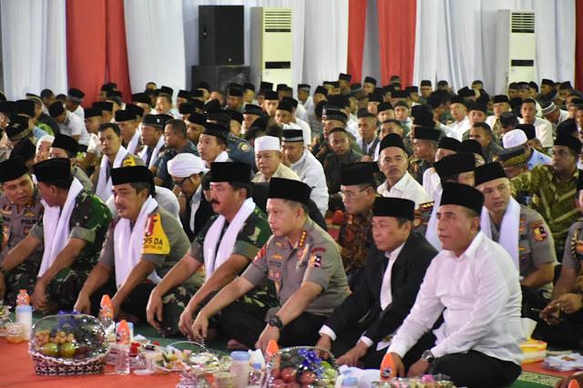 Ramadhan Hari Ke -9,Panglima TNI dan Kapolri Melaksanakan Safari Ramadhan di Medan