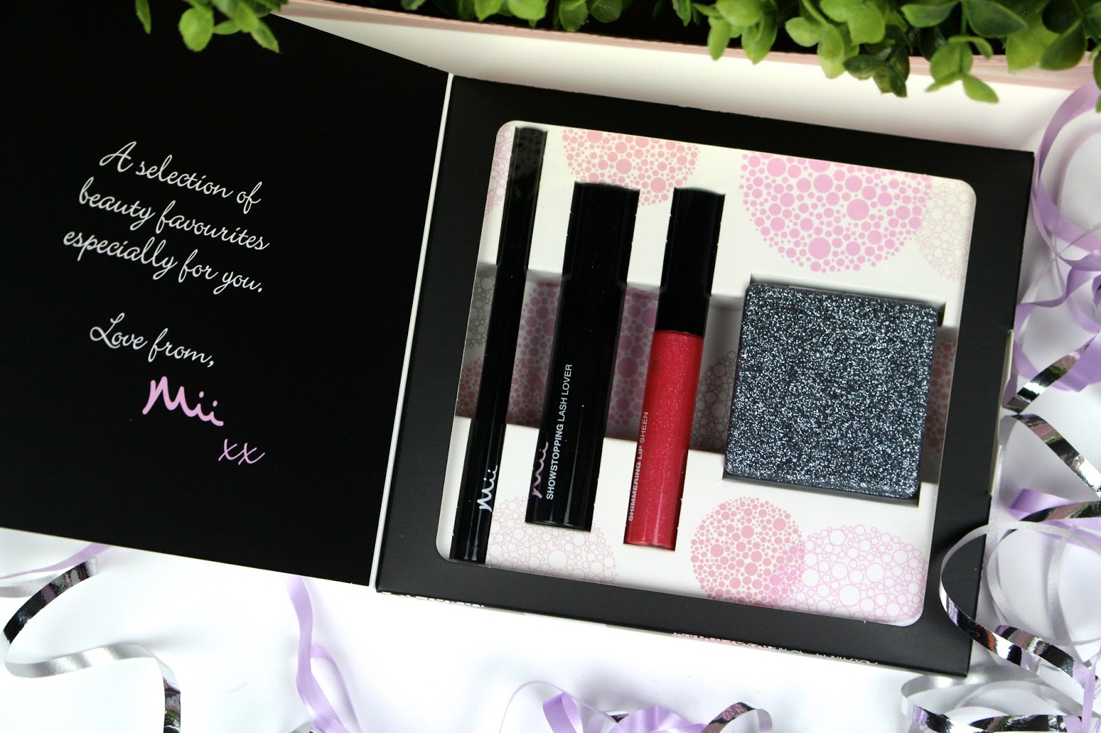 Mii Cosmetics Christmas Gift Set Giveaway
