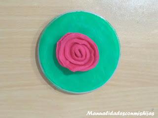 Tapa-tarro-flor-de-plastilina