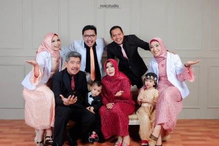 Noicstudio family photoshoot indoor kediri