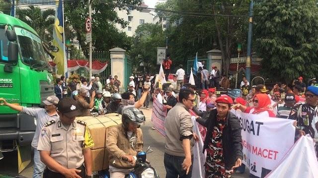 Warga Minta Pemkot Jakarta Utara Selesaikan Kasus Kemacetan.