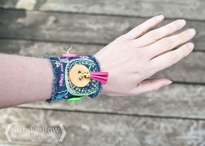 Click to learn how to make a Mixed Media wearable cuff