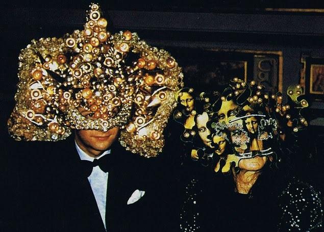 Në brendësi të festës Sekrete Okulte të familjes më të pasur në botë - Rothschild