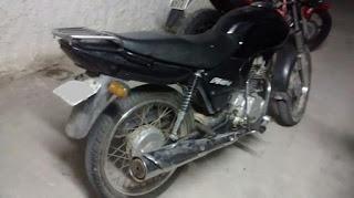 Motocicleta é tomada por assalto na noite de sábado (06) em São Vicente do Seridó