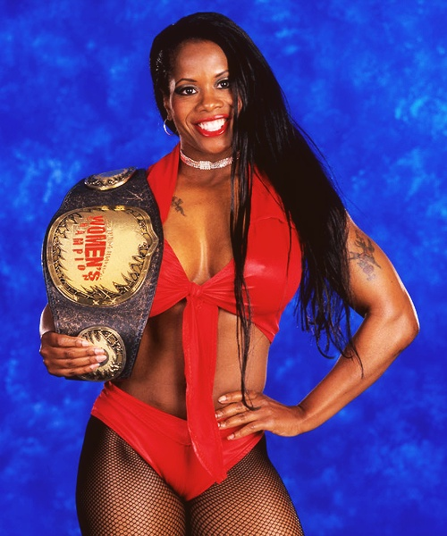 Ebony lady of wrestling