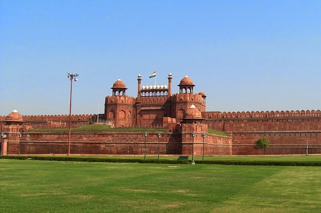 Red Fort in Delhi  IMAGES, GIF, ANIMATED GIF, WALLPAPER, STICKER FOR WHATSAPP & FACEBOOK