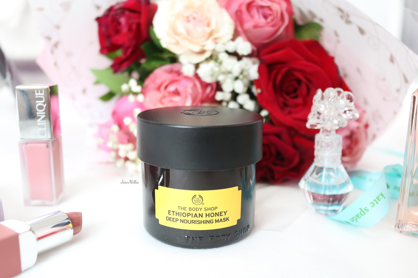 the body shop, body shop, superfood mask, the body shop mask, the body shop superfood mask, the body shop skincare, skincare, mask, masker, masker superfood, masker wajah, face mask, new face mask, review, product review, ethiopian honey mask, ethiopian deep nourishing mask