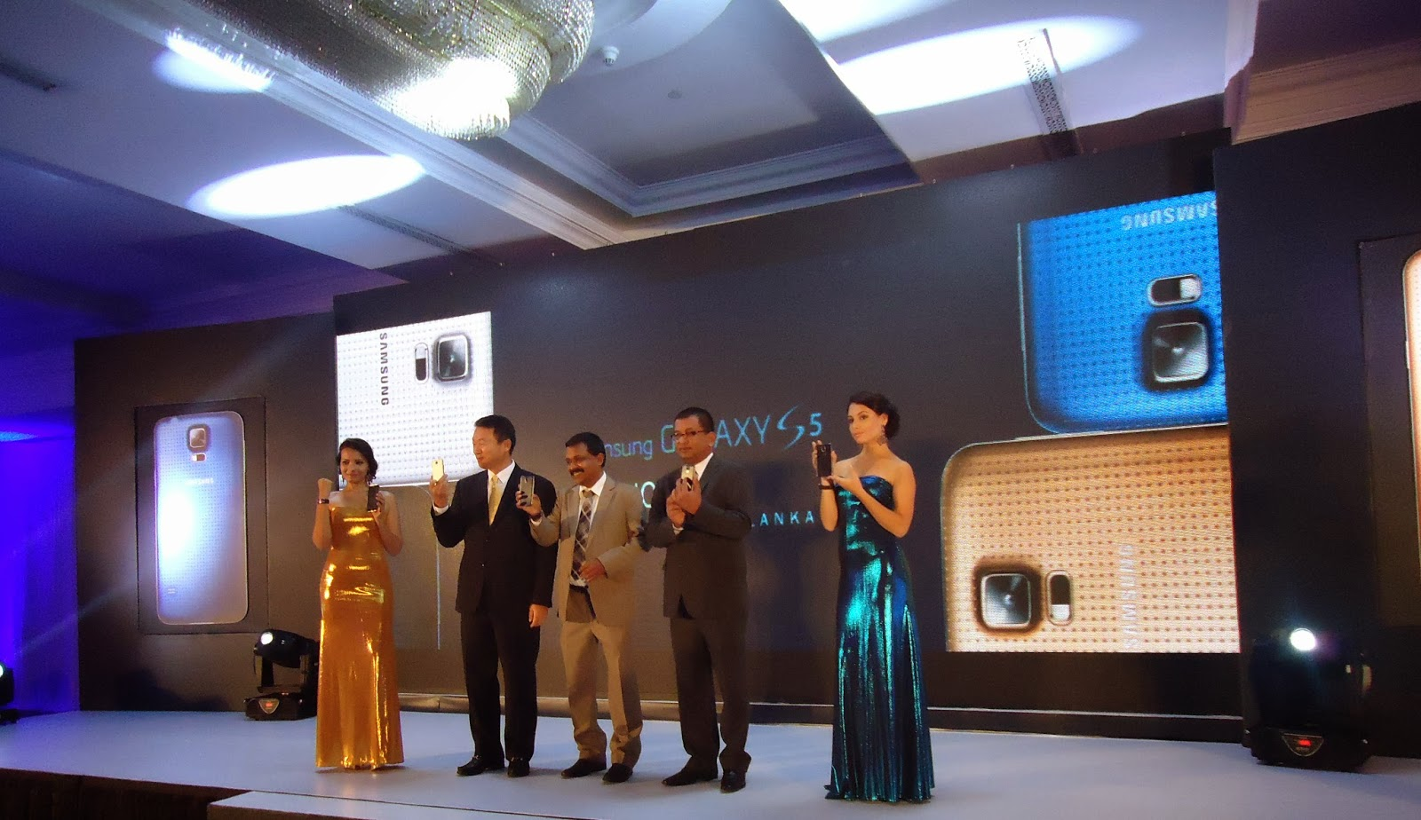 Samsung launches Galaxy S5 in Sri Lanka