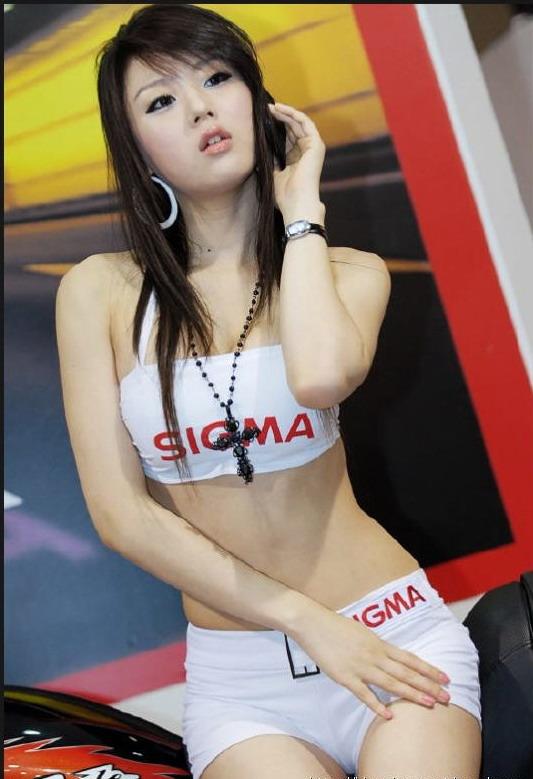SPG Paling Cantik Seksi Didunia