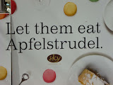 pe usa unui restaurant: let them eat Apfelstrudel