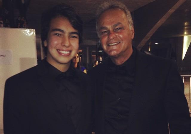 'Orgulho da família', diz ator Kadu Moliterno sobre filho ativista LGBT