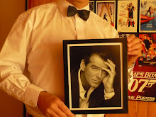 Pierce Brosnan said hello to the James Bond Chile fans