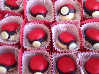 Doces Pokebola